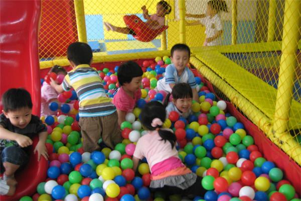 江騰兒童樂園學生