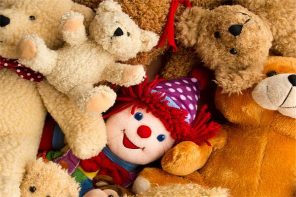 美达玩具小熊