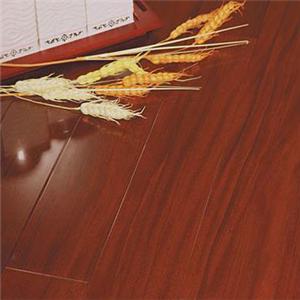 自强实木地板特色