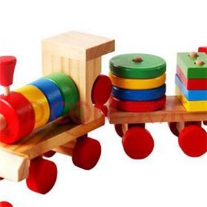 奇特玩具火车