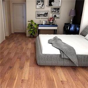 中本地板舒适