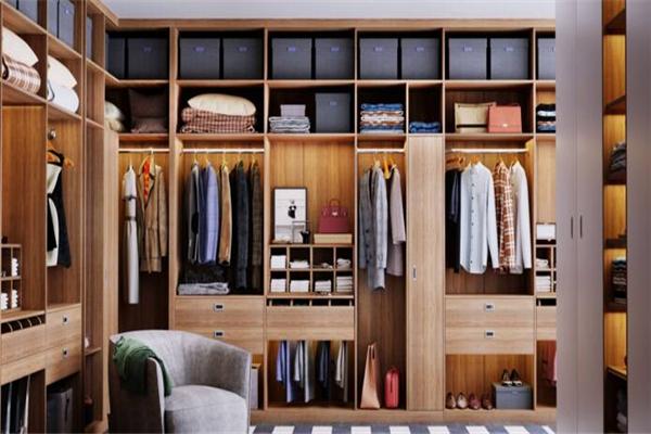 客莱尔整体衣柜容纳