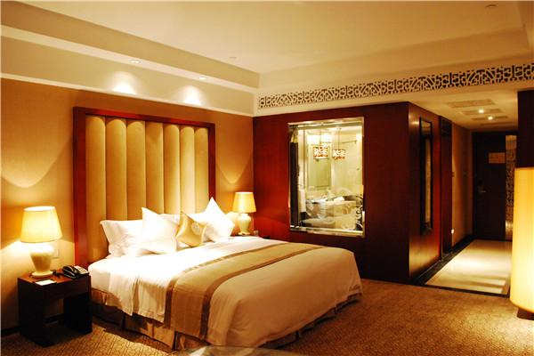 石獅愛樂皇冠假日酒店房間