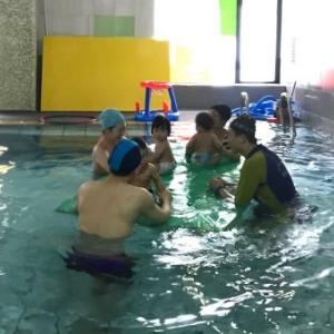 幼悅嬰童水育樂園游泳