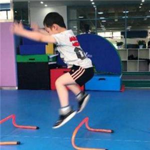 疯马儿童馆体适能.新适能体力锻炼