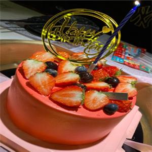果子酵樹草莓蛋糕