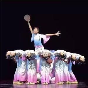 起舞藝能教育表演