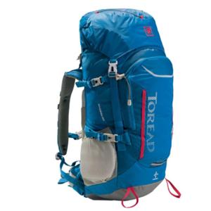 探路者旅游用品背包