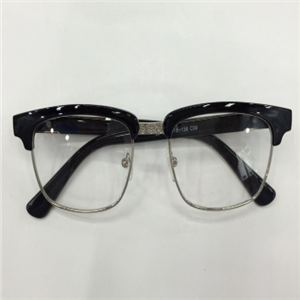 依視路近視眼鏡樹脂