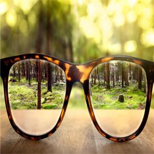 依视路近视眼镜豹纹镜框