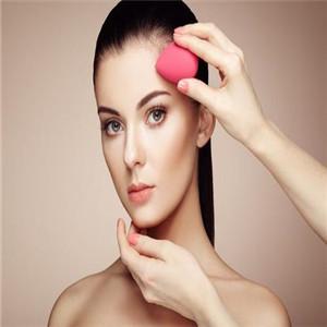 DR100社区美妆宣传