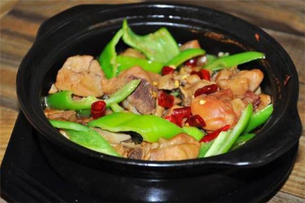 尚記黃燜雞米飯美味