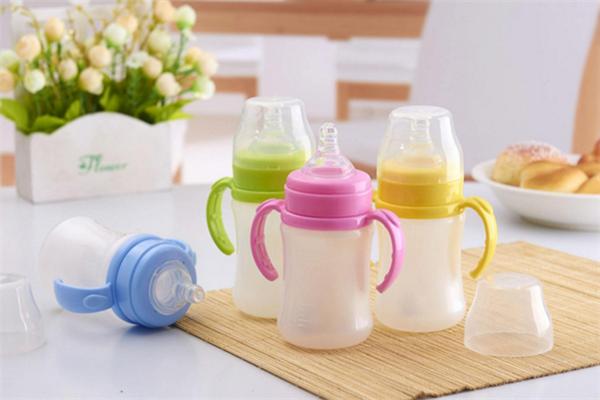 爱开心婴童用品奶瓶