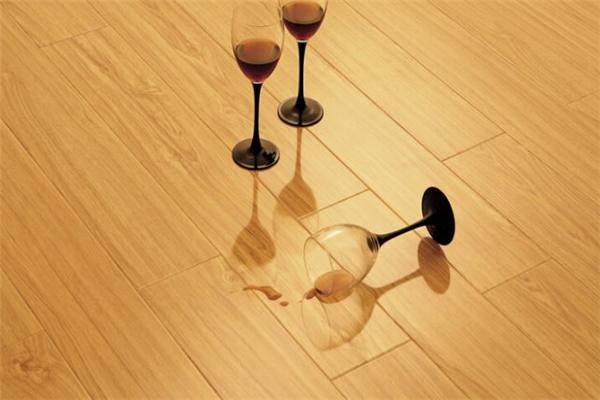 蒂梵自热地板建材