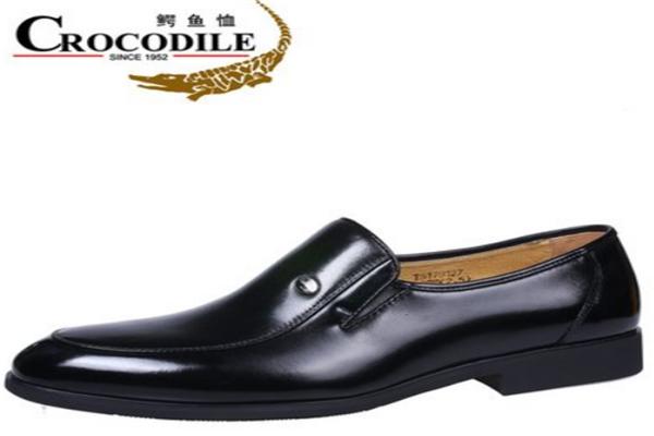 鱷魚恤皮鞋時尚