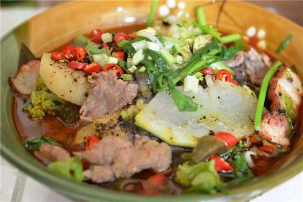 蜀烩火锅冒菜美味