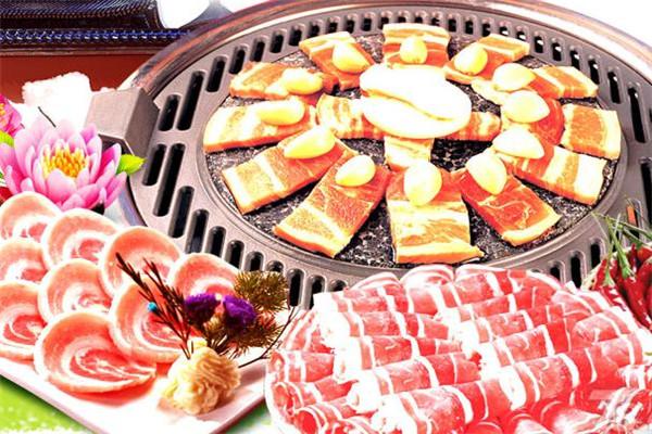 汉金城自助涮烤美味