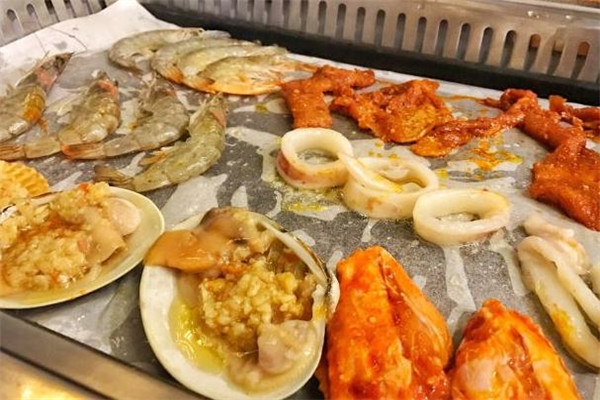 汉金城自助涮烤海鲜