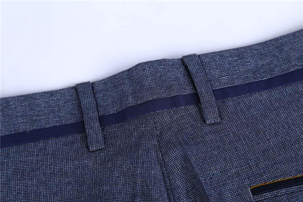 百圆裤业服饰品质