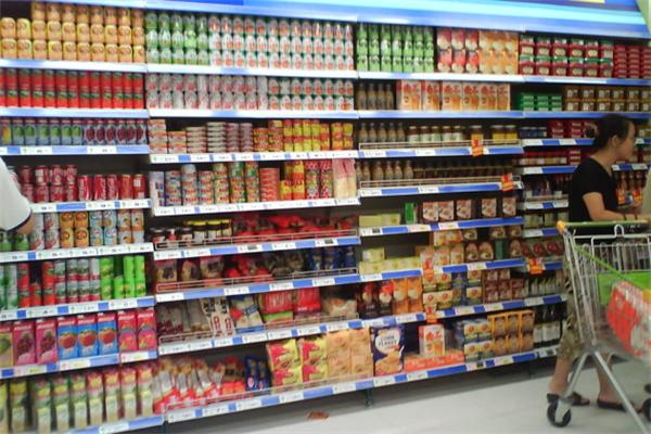 科士威超市零食