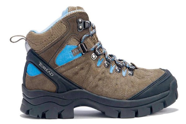 探路者旅游用品运动鞋