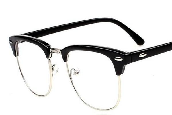 依视路近视眼镜黑框