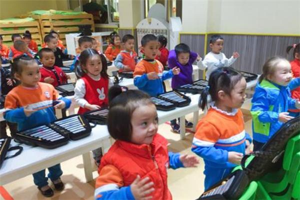 小钟琴国际少儿艺术课堂