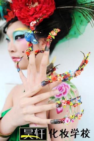 昊轩化妆摄影培训加盟