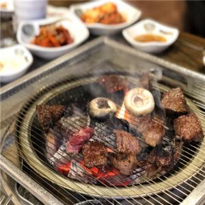 喵喵侠韩式烤肉美味