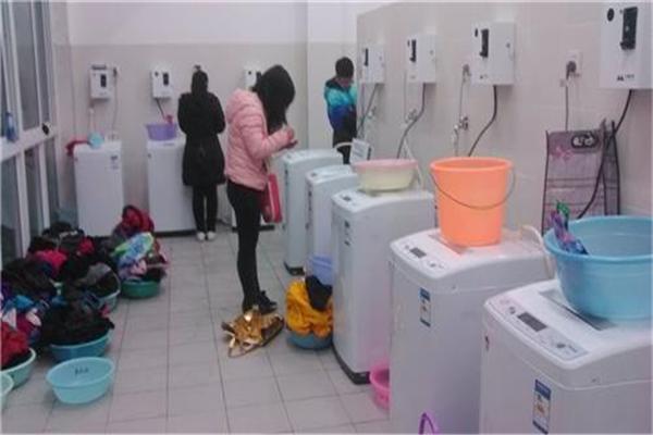 克林自助洗衣机顾客