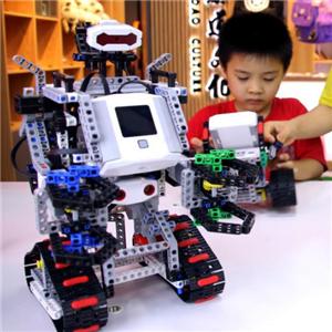 叮当教育机器人学员