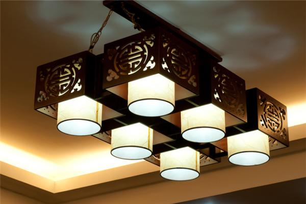 莹辉照明中式