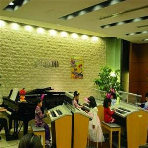 丽音艺校钢琴