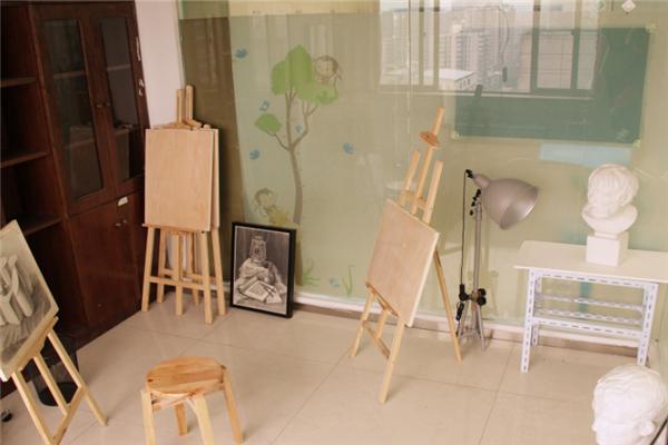 童星彩国际艺术教育画室
