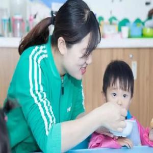 维贝尼国际儿童教育中心辅食