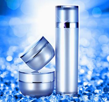 蓝天化妆品补水