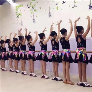 國際菲尚舞蹈少兒舞蹈
