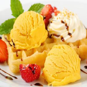瘋狂的草莓冰淇淋香草味