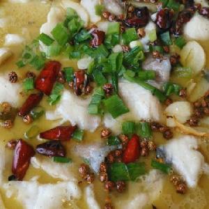 何記酸菜魚麻辣