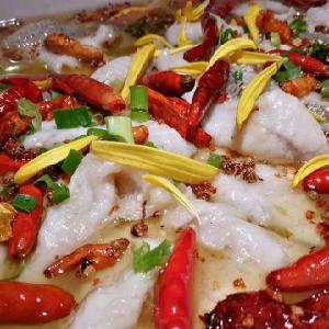 何記酸菜魚龍利魚