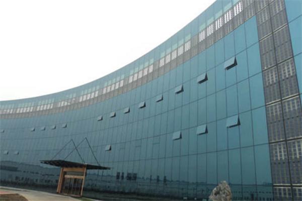 润峰光伏发电总部
