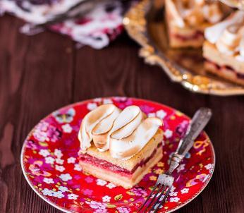 大黄法式甜点草莓酱味