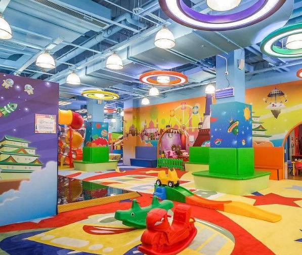 未来的儿童乐园设施