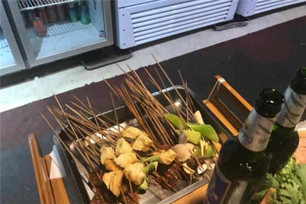 三八串串香涮菜