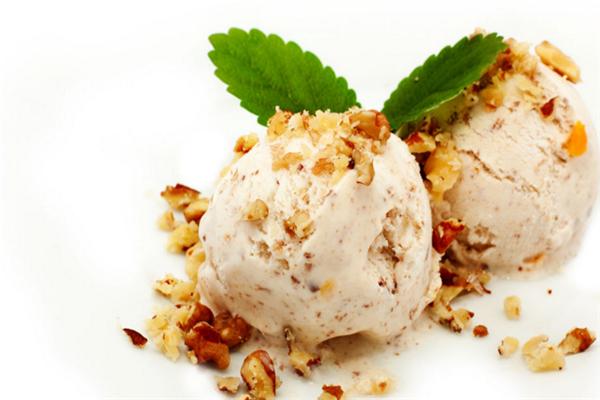唇滋恋手工酸奶冰淇淋坚果冰淇淋