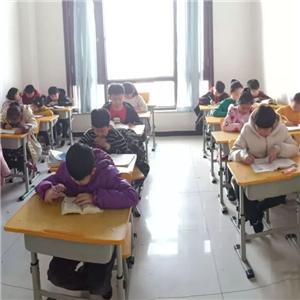 成濟教育教學課程豐富