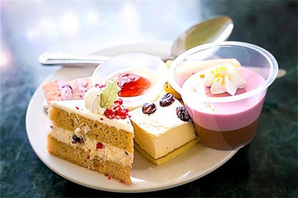 邓留山新派粤式甜品口味