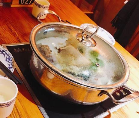 唐府养生锅小火锅