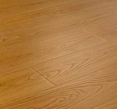 錦踏地板原木
