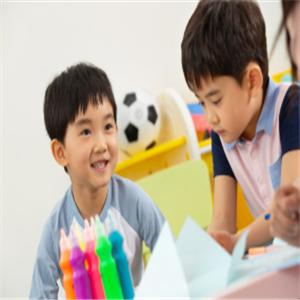 新天空外国语学校加盟